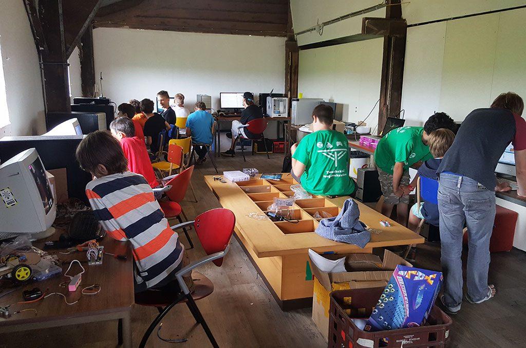 zomerkamp techcamp techruimte