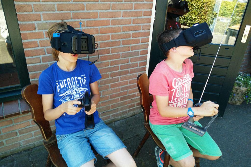zomerkamp techcamp virtual reality raceauto's